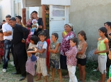 The elections of elder (baro) in the Roma settlement in the village Velyki Luchku