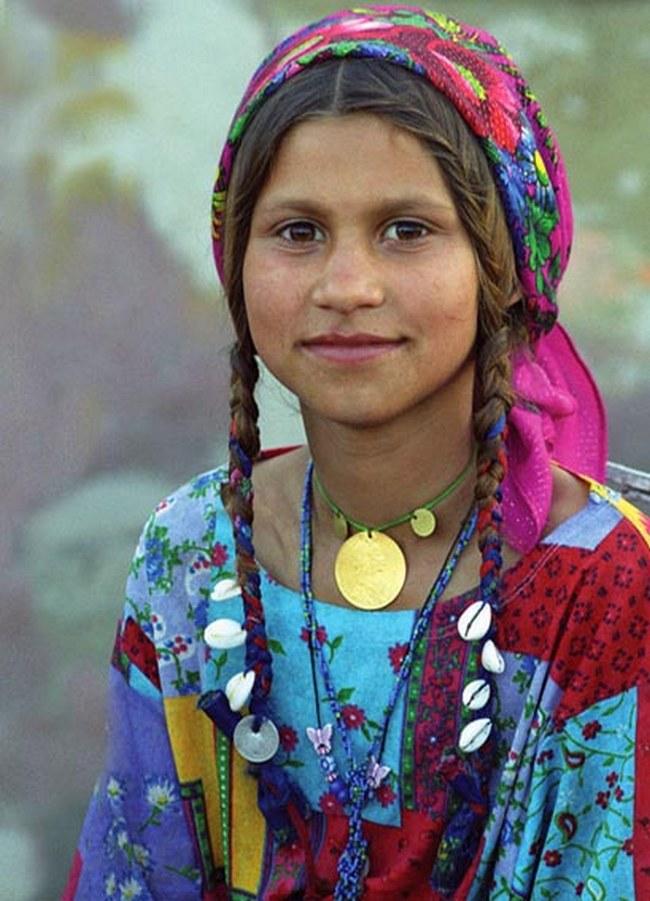 Ромська дівчинка